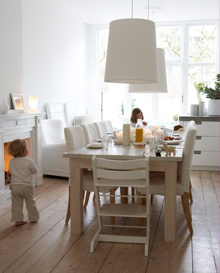 05-white-modern-dining-room