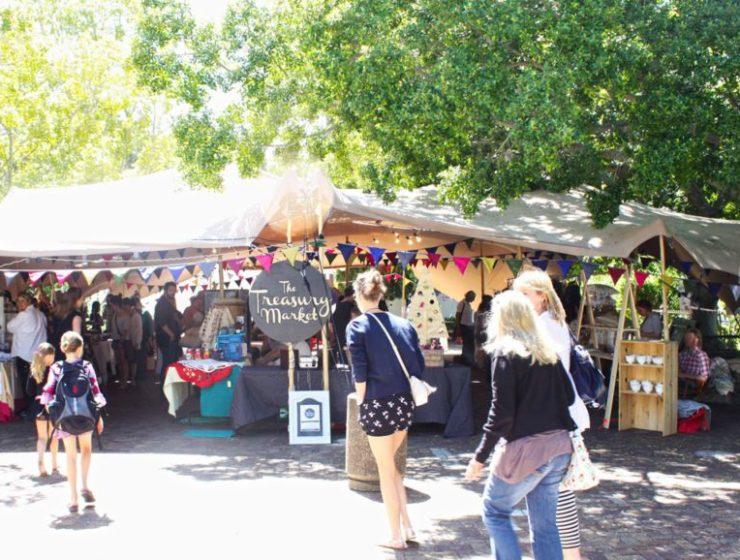 market_tent