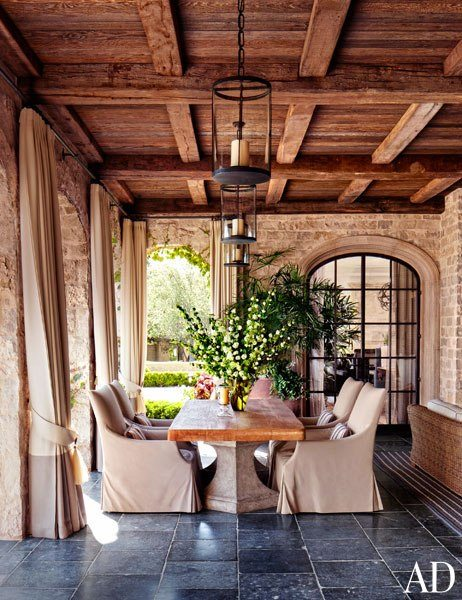 gisele-bundchen-reclaimed-materials-home