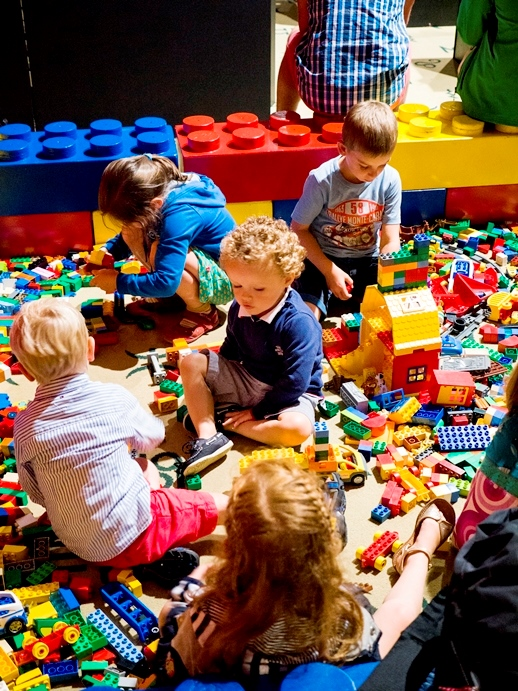 Kids LEGO build playing area