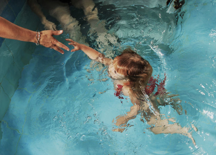 diving child
