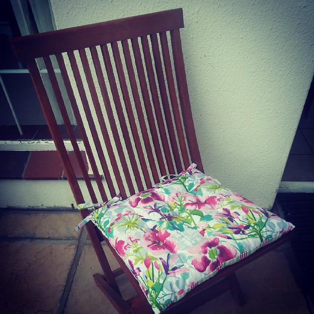mr price cushions
