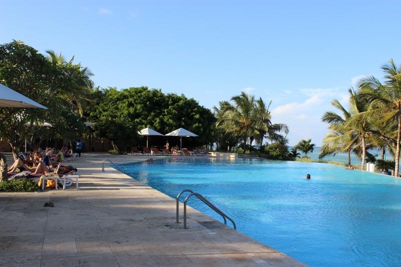 Melia Hotel pool