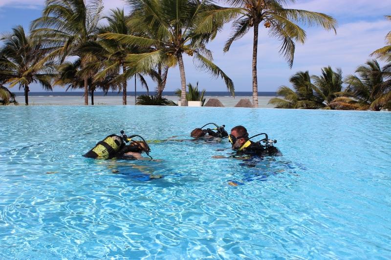 scuba diving zanzibar