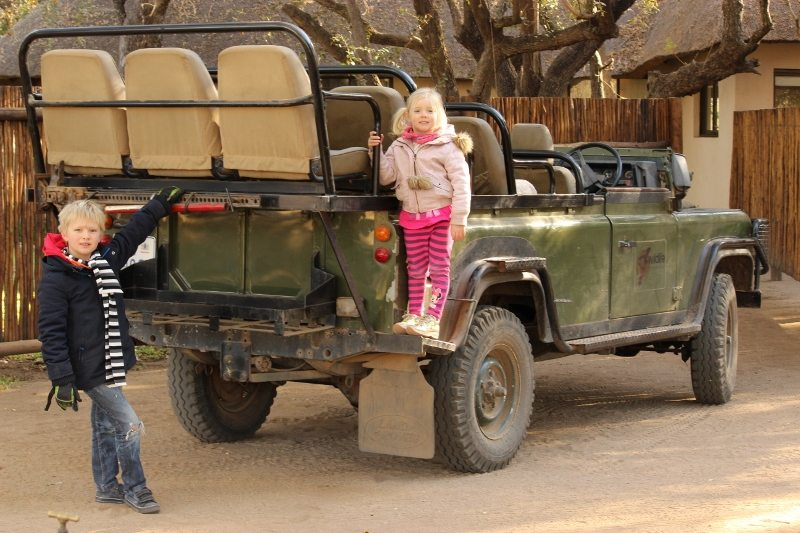kids on safari truck