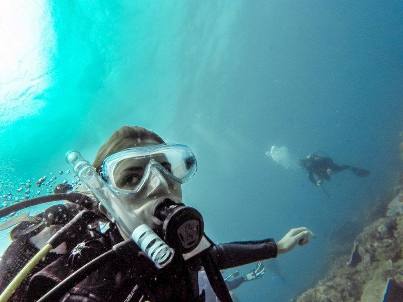 Scuba-Diving-Melanie-van-Zyl-800x600