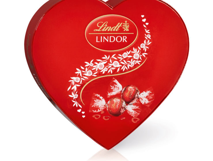 LINDOR Milk Heart 160g - Recommended RSP R79