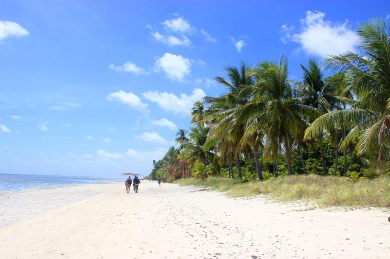 Hoga Island Beach