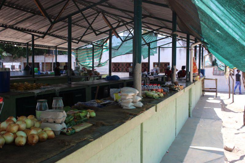 inhaca island market