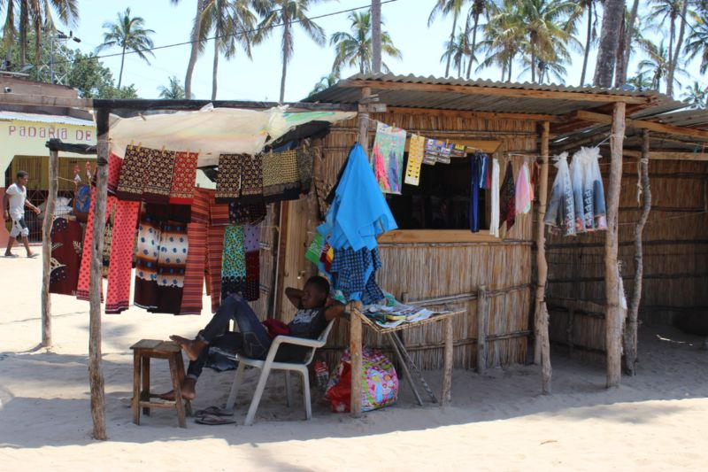 market inhaca island