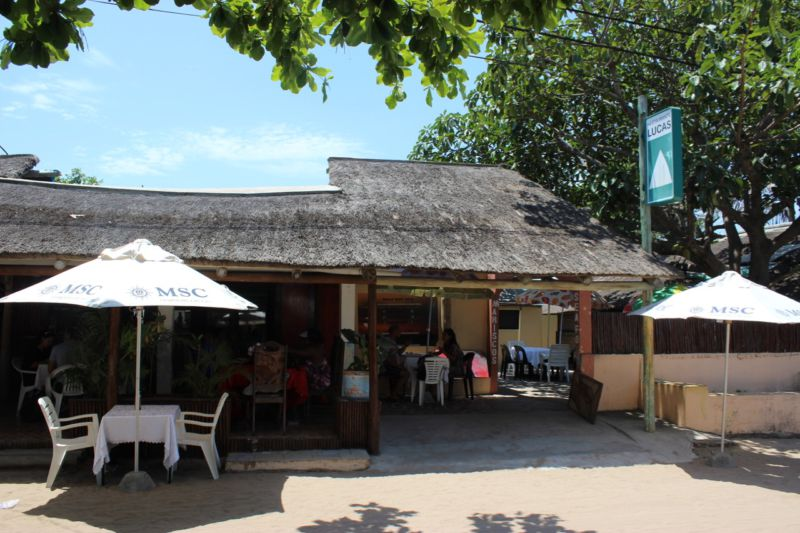inhaca island pub