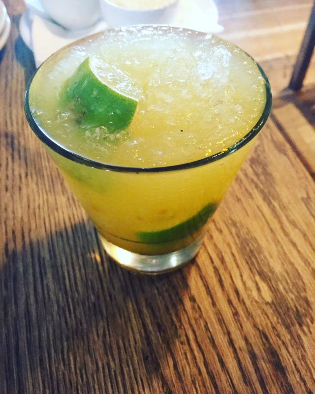 passion-fruit-caipirinha
