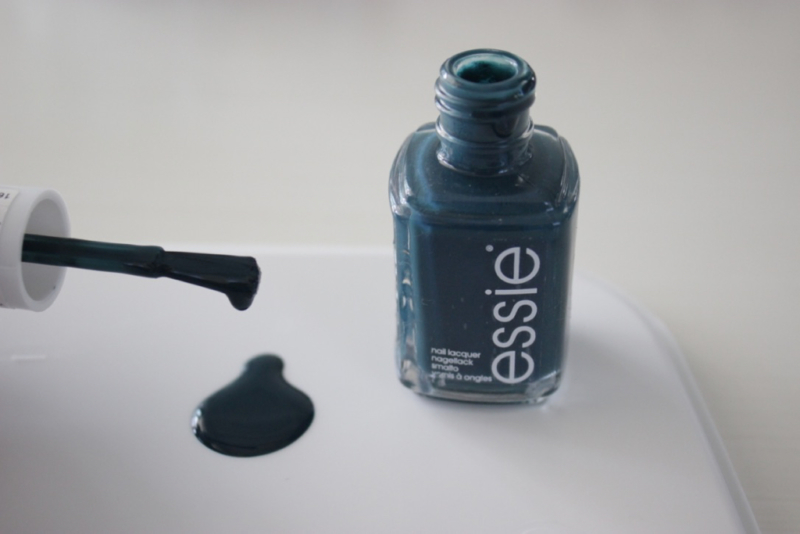 essie satin sister nail lacquer