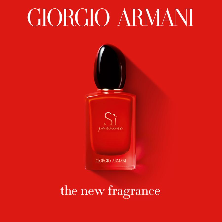 Fragrance File Giorgio Armanis Si Passione Review